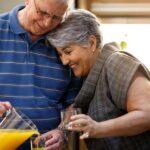 Vemos um casal com hábitos para aumentar a qualidade de vida. Saiba ter um envelhecimento saudável!
